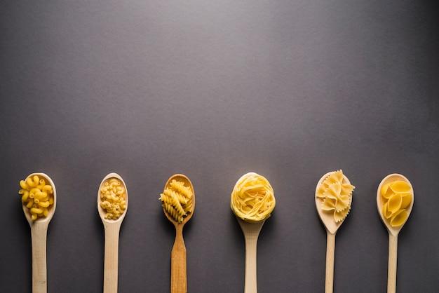 Pâtes en cuillères
