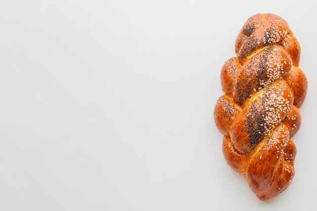 Pâtisserie aux graines de sésame et coquelicot