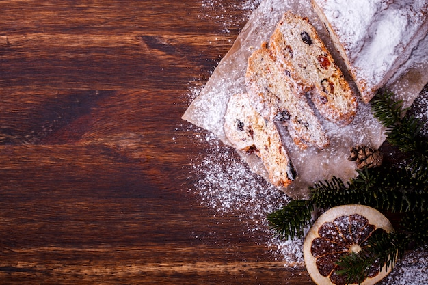 Pâtisseries de noël dresdnen stollen