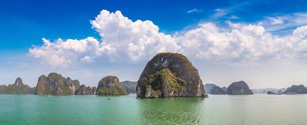 Patrimoine naturel mondial de la baie d'halong