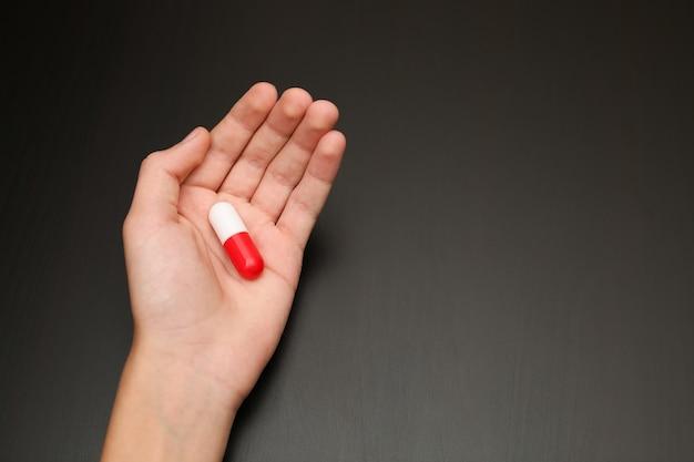 La paume de la main aide à soulager la douleur