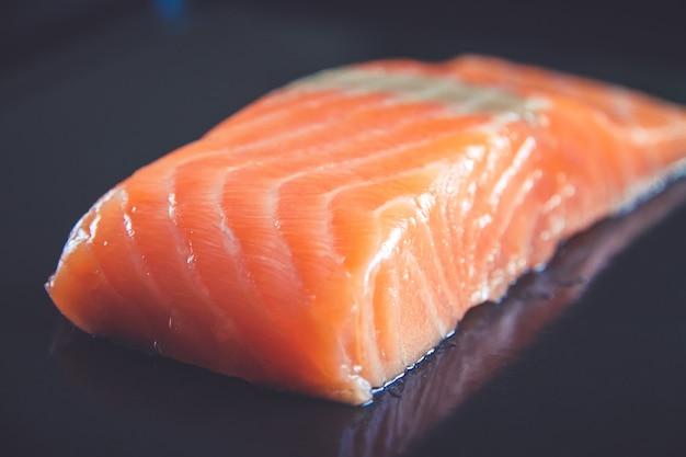 Pavé de saumon noir