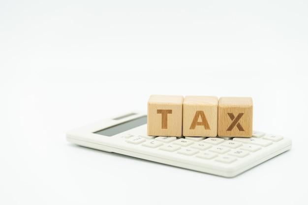 Payer le revenu annuel (tax) de l'année sur la calculatrice