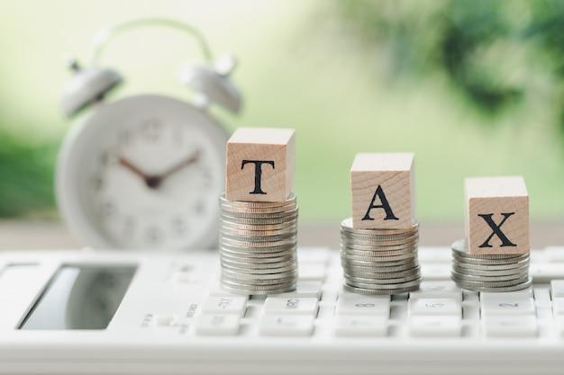 Payer le revenu annuel (tax) pour l'année