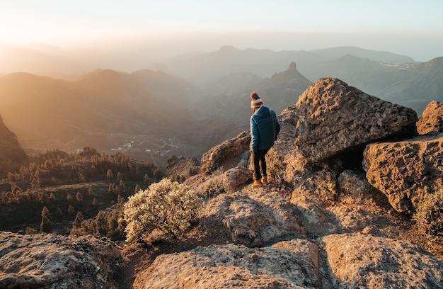 Paysage de belles montagnes