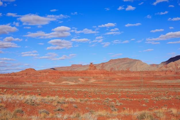 Paysage désertique au printemps, utah, états-unis.