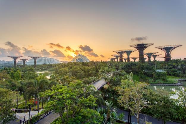 Paysage du quartier financier de singapour et du bâtiment des affaires.