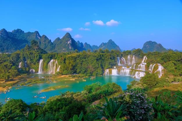 Paysage de l'eau fresque beauté forêt