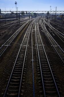 Paysage ferroviaire du matin