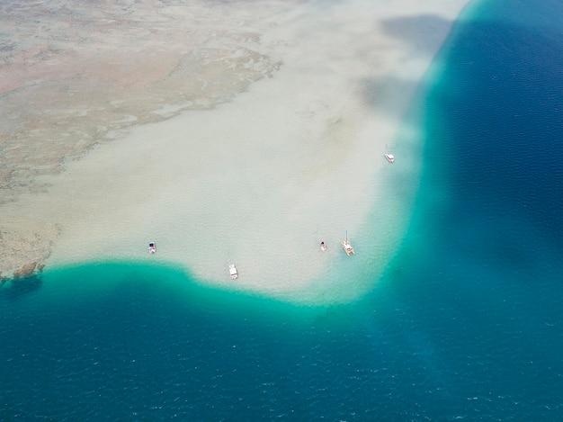 Paysage hawaïen à couper le souffle avec la plage