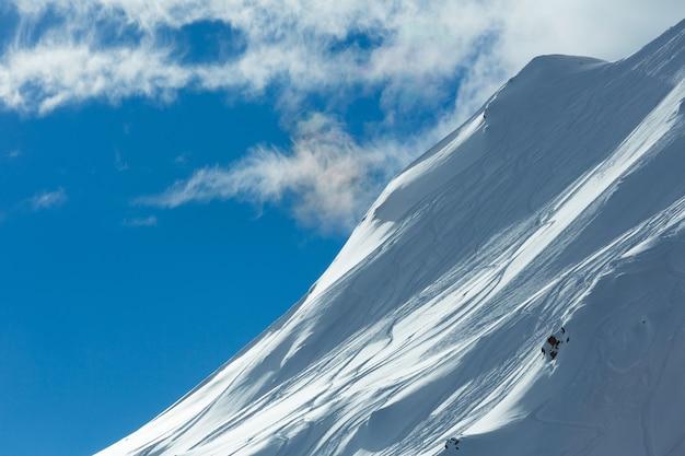 Paysage d'hiver des alpes de silvretta. station de ski silvrettaseilbahn ag ischgl, tyrol, autriche.