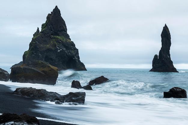 Paysage d'islande de beau paysage aquatique