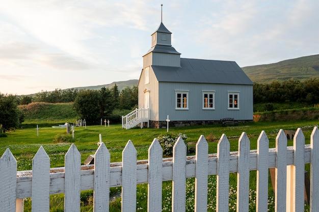 Paysage d'islande de belle église