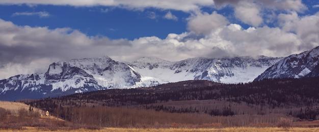 Paysage de montagne dans les montagnes rocheuses du colorado, colorado, états-unis.