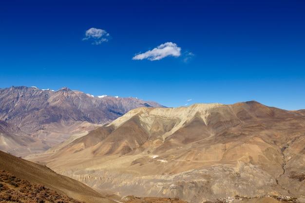 Paysage de montagne, himalaya, mustang, népal