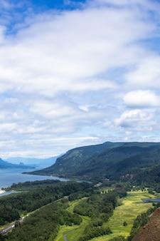 Paysage De Montagnes Photo gratuit