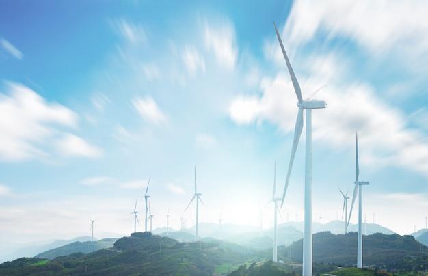Paysage avec des moulins à vent