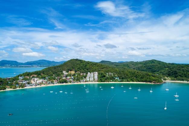 Paysage nature paysage vue de la belle mer tropicale avec côte de la mer