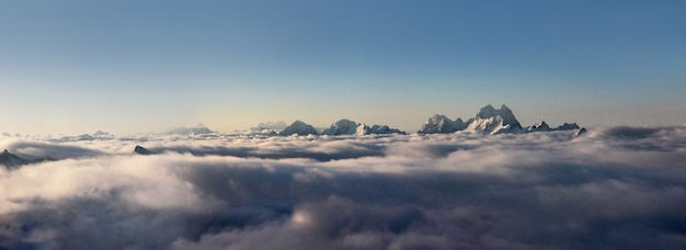 Paysage des sommets des montagnes