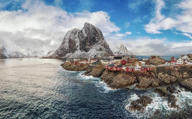 Le paysage spectaculaire du fjord norvégien