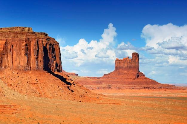 Le paysage unique de monument valley, utah, usa.