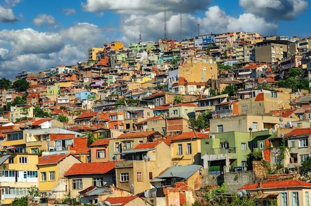 Paysage urbain d'izmir sur la côte égéenne de la turquie