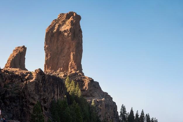 Paysages volcaniques panoramiques à roque nublo, gran canaria, espagne.