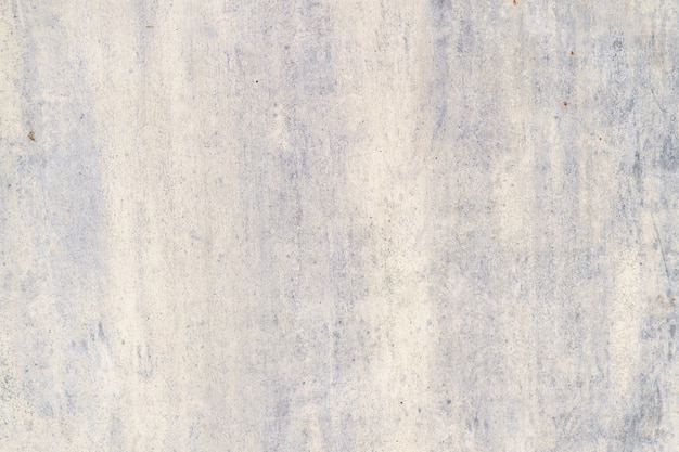 Peint en violet vieux fond rouillé en métal fissuré.