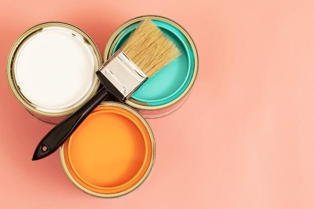 La peinture intérieure doit être facilement essuyée. et peut être lavé aussi souvent que nécessaire