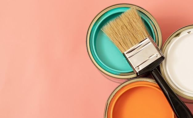La peinture intérieure doit être inodore ou doit avoir une légère odeur sans produits chimiques