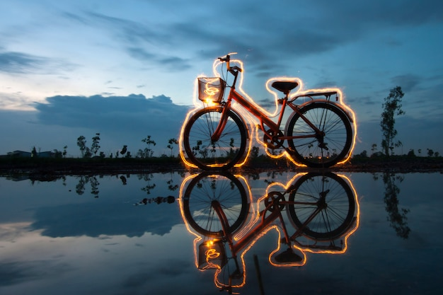 Peinture lumineuse de vélo