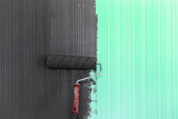 Peinture rouleau brosse fond