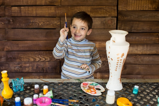 Peintures pour enfants avec des encres colorées