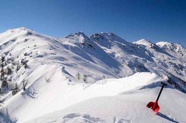 Pelle d'avalanche
