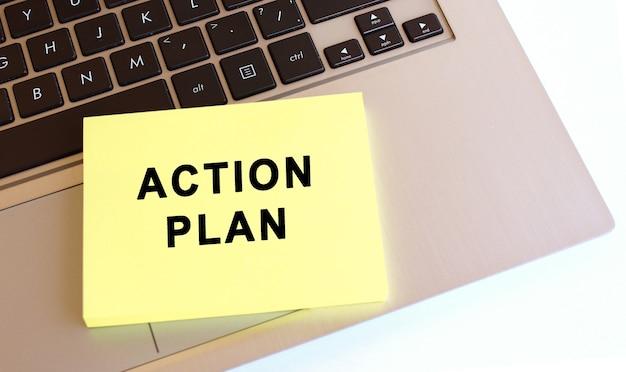 Pense-bête avec message de plan d'action