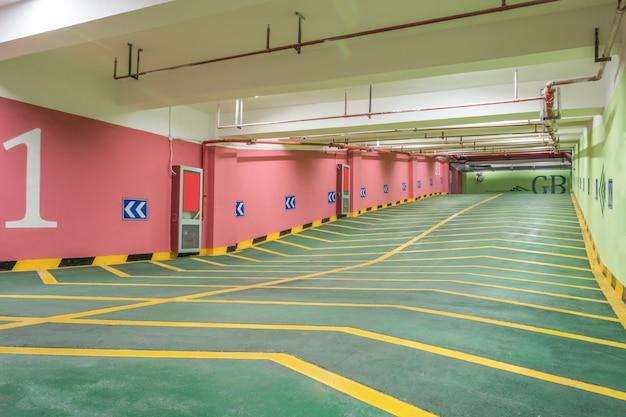 Pente dans un parking