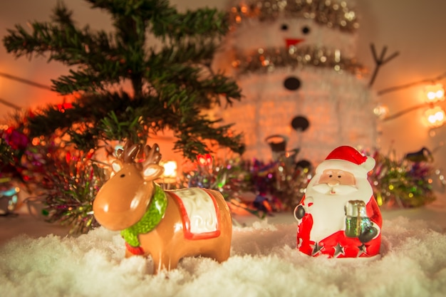 Père noël et rennes joyeux noël et bonne année
