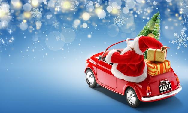 Père noël en voiture rouge offrant des coffrets cadeaux et arbre de noël sur fond bleu avec des lumières bokeh