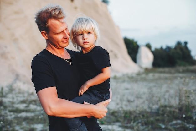 Père avec petit fils