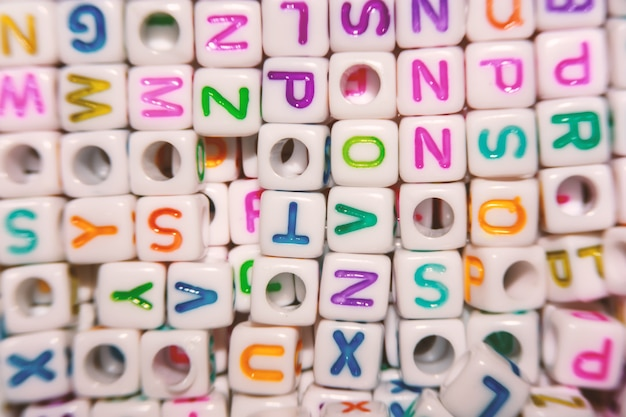 Perles de lettre anglaise pour le concept d'apprentissage