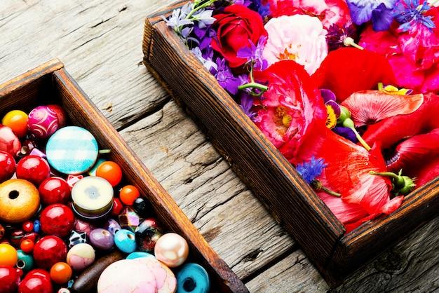 Perles multicolores pour bijouterie, fabrication de bijoux