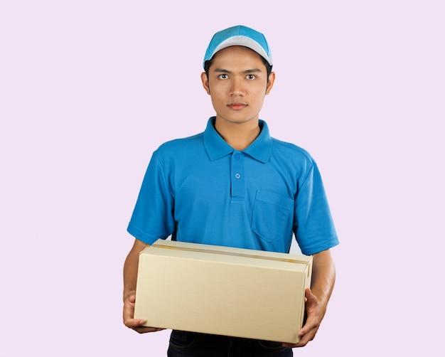 Personnel de livraison en ligne