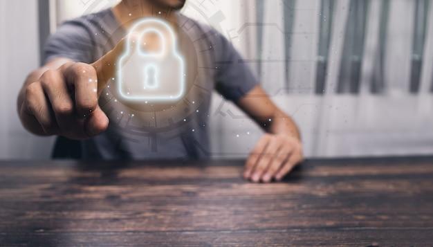 Personnes affichant des touches d'icône pour verrouiller, protéger le système et les données.illustration