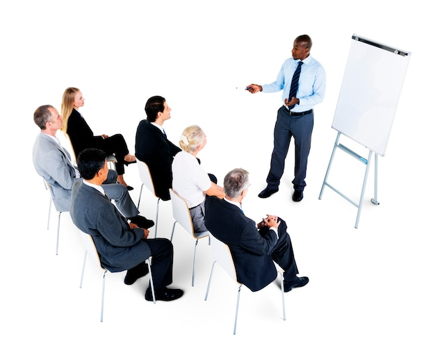 Personnes dans une présentation d'entreprise