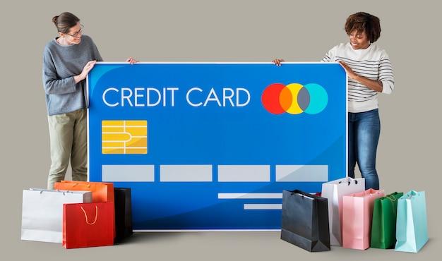 Personnes détenant une carte de crédit