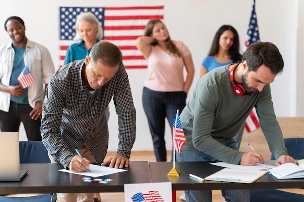 Personnes s'inscrivant pour voter aux états-unis