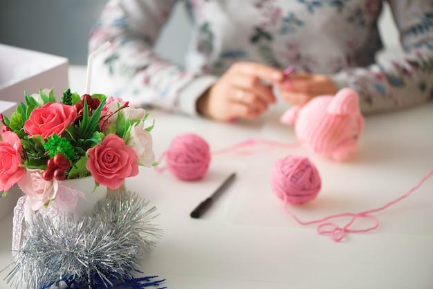 Personnes, travail, profession, passe-temps et concept de créativité.