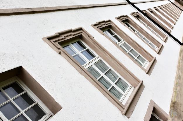 Perspective des fenêtres d'affilée, allemagne