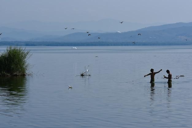 Pescadores mexicanos en acapulco guerrero