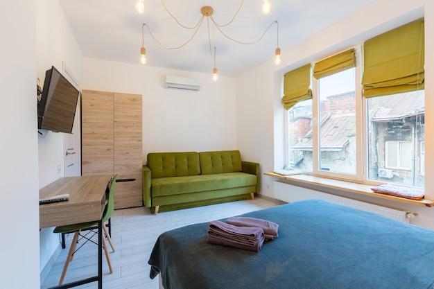 Petit appartement élégant et élégant avec rénovation moderne de style loft